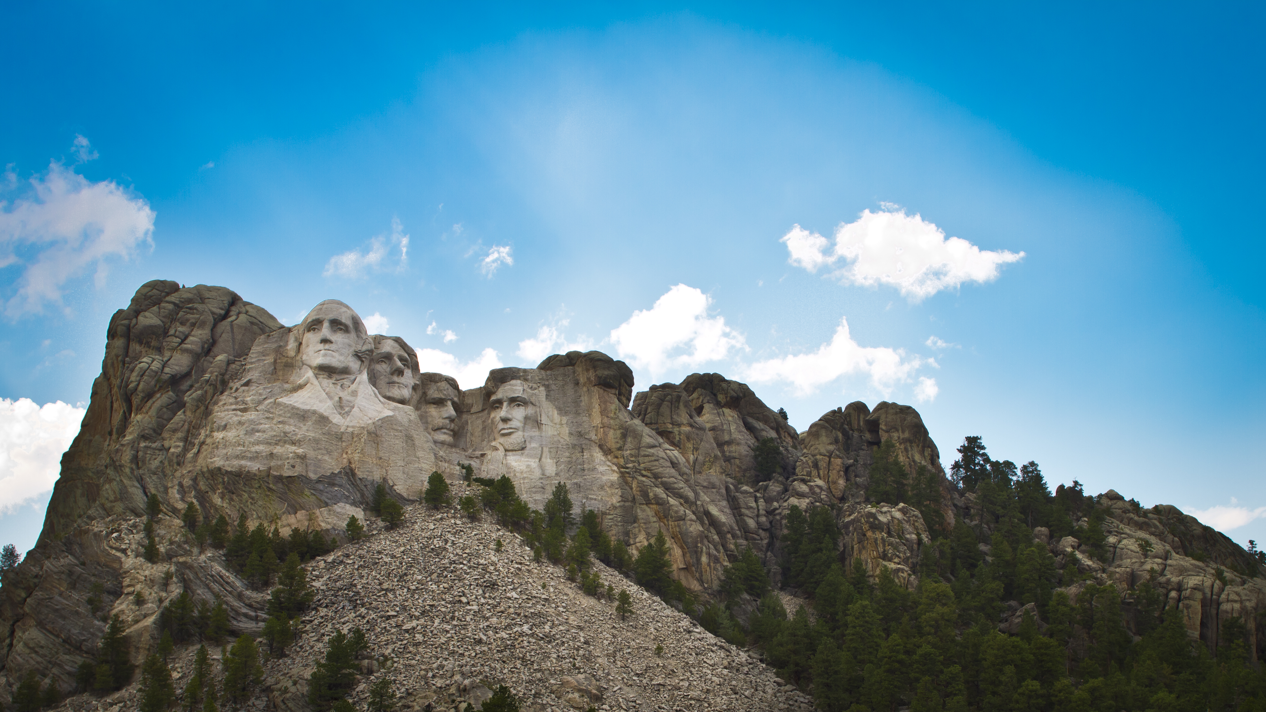 an introduction to the history of mount rushmore Mount rushmore discusses the history and construction of south dakota's mount rushmore,  a photographic introduction to south dakota, discussing the history,.